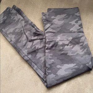 Spanx crop leggings